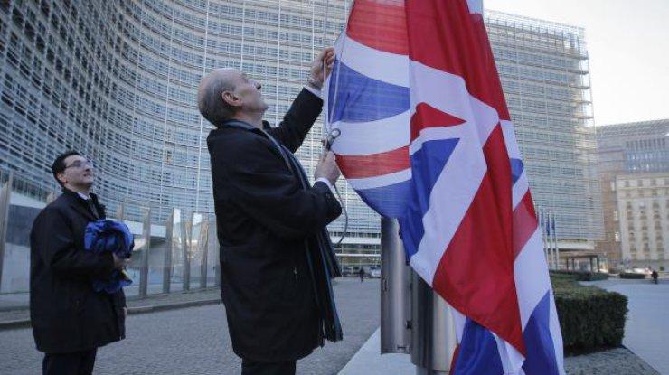 Английское руководство вближайшие дни внесет впарламент законодательный проект оBrexit