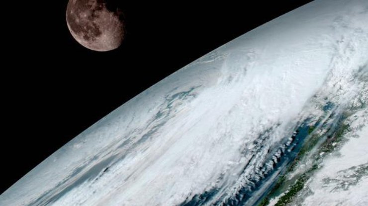 Новейший погодный спутник прислал первые фотографии Земли в высоком разрешении