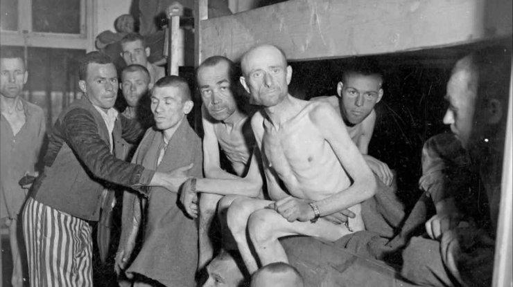 Жертв Холокоста вспоминают сегодня вмире