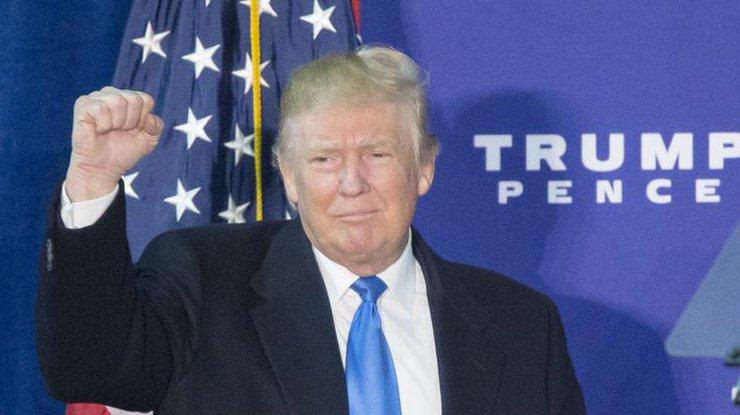 Трамп сократил генерального прокурора закритику его антимусульманского указа