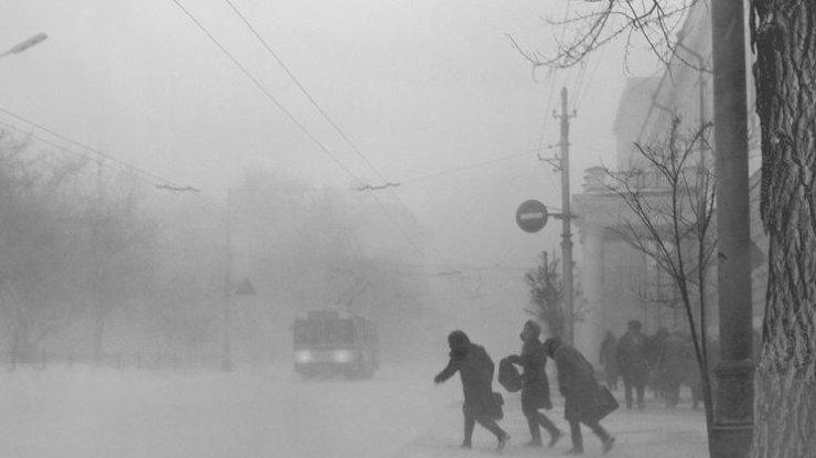 ВКиеве ожидаются метели игололедица, почти повсей стране— морозы