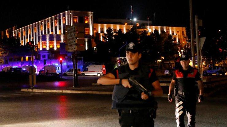 МИД Турции: Сотрудничество сРФ непредполагает пересмотра позиции поУкраине