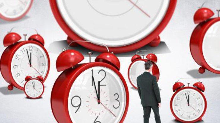 Переход на«зимнее» время: когда харьковчанам нужно переводить часы