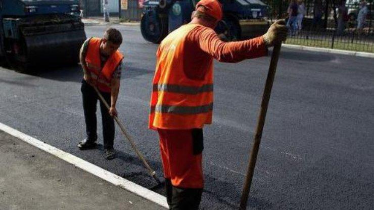Омелян: План ремонта дорог в2017 небудет изготовлен  из-за нехватки средств