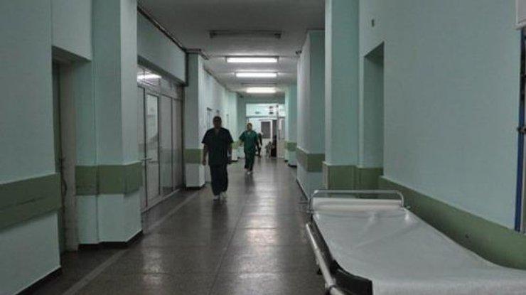 Вольвовской клинике мужчина устроил погром, есть пострадавшие