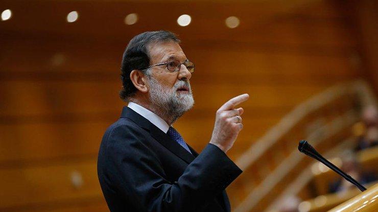 Премьер Испании назвал преступлением резолюцию онезависимости Каталонии