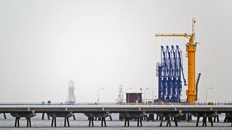 Цена нефти Brent превысила 56 долларов забаррель
