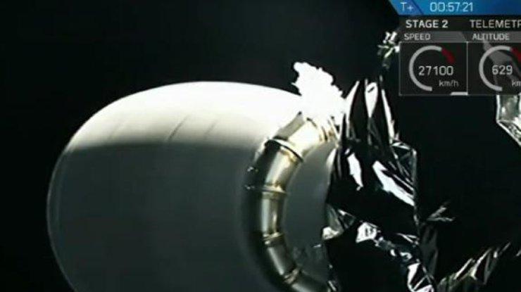 Ракета Falcon 9 успешно вернулась на Землю после запуска спутника