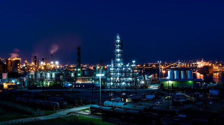 Стоимость нефти Brent превзошла 56 долларов забаррель
