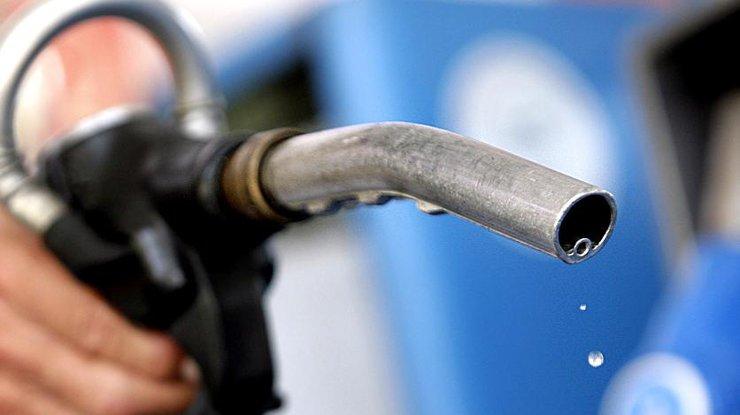 Цены набензин идизтопливо завыходные выросли