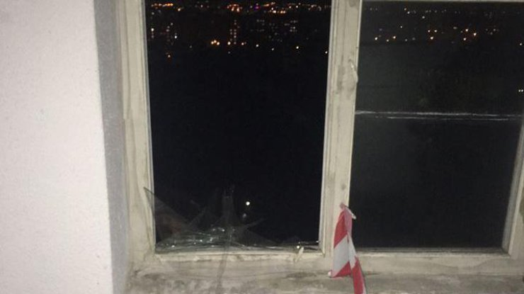 ВРовно военный подорвал гранату вподъезде своего дома