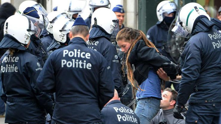 16 человек задержаны— Беспорядок вБельгии