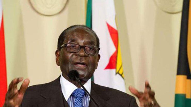 Мугабе под арестом, однако невотставке— Переворот вЗимбабве