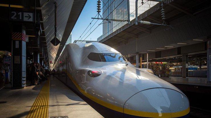 ВЯпонии ж/д компания извинилась заушедший на20 секунд раньше доэтого поезд