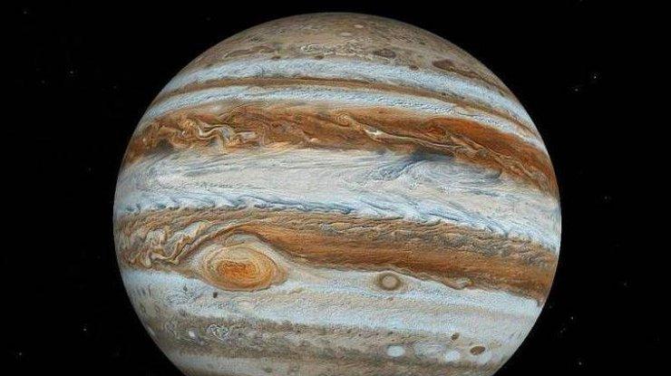 Зонд Juno получил фотоснимки огромного белого урагана наЮпитере— Ученые
