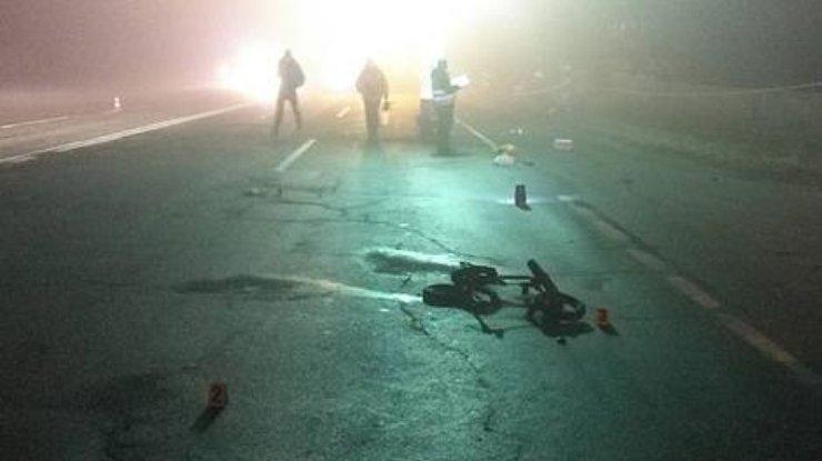 ВЧерниговской области мужчина насмерть сбил женщину с 2-мя детьми