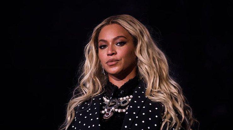Бейонсе стала самой высокооплачиваемой эстрадной певицей поверсии Forbes