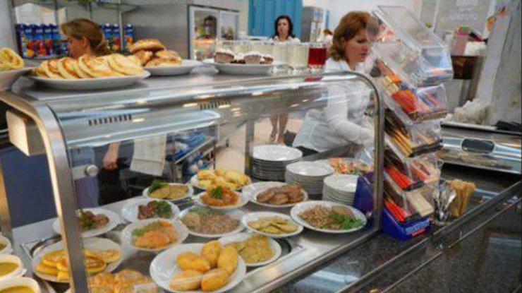 Украинцам показали, что едят народные депутаты исколько это стоит