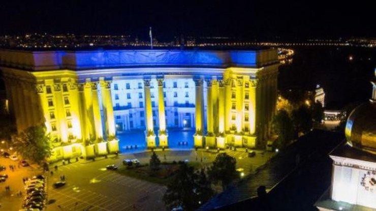 МИД направил РФ ноту протеста из-за «гумконвоя» наДонбассе