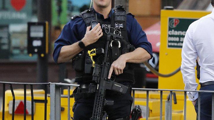 Милиция Лондона опросила мужчин, разыскиваемых всвязи синцидентом вметро