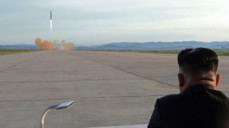 Южная Корея проинформировала о запуске баллистической ракеты вКНДР