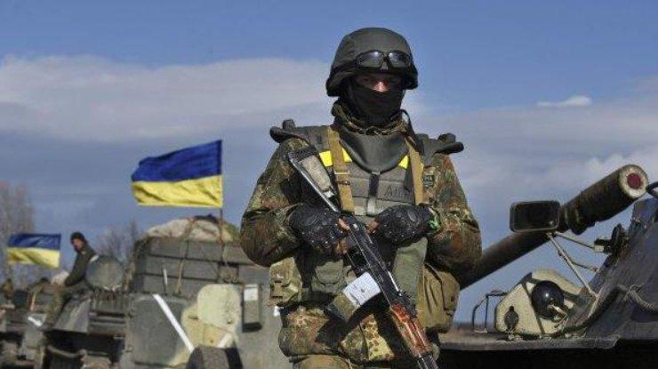 Волкер: Украина должна быть готовой предоставить особый статус Донбассу иамнистировать боевиков