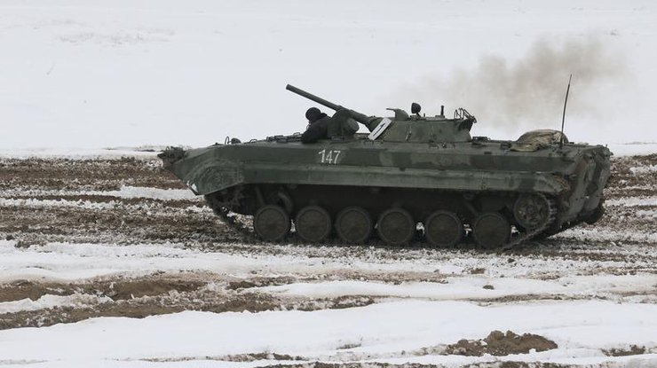 СНБО: РФпродолжает стягивать войска кгранице Украинского государства
