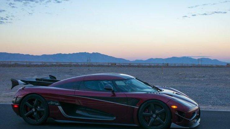 Гиперкар Koenigsegg AgeraRS официально стал самым быстрым авто вмире