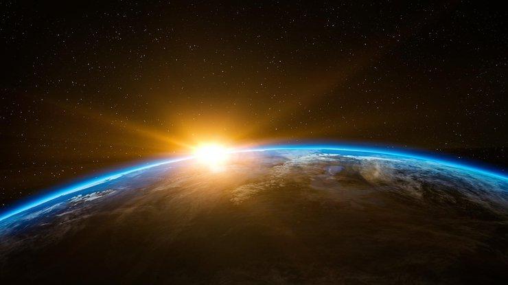 Первая жизнь появилась вкосмосе— Ученые