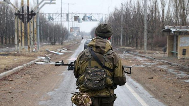 В итоге вражеского обстрела умер украинский воин