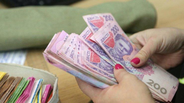 Зарплата украинцев выросла на четверть