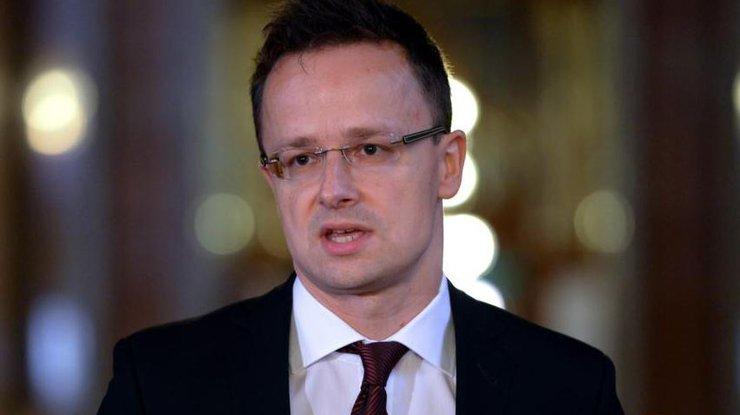 Глава МИД Венгрии в очередной раз обвинил Украину в сложившейся конфликтной ситуации