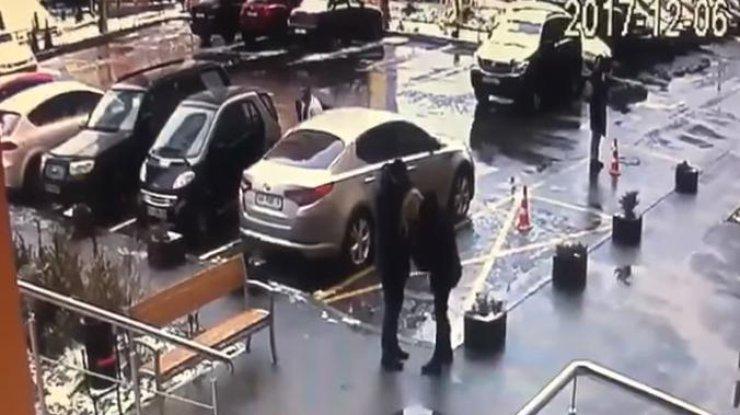 «Операция» повозвращению бывшей: парень безуспешно  пытался помириться