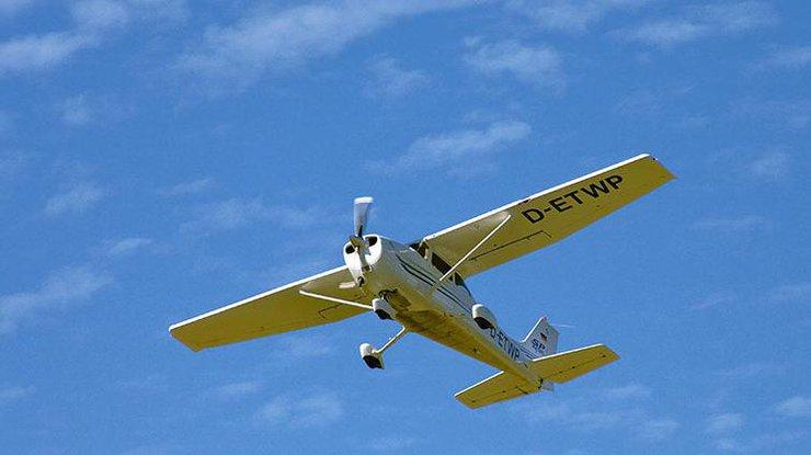 Вгорах Германии разбился спортивный самолет