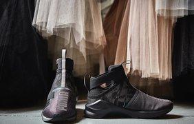 Известные балерины надели кроссовки ради рекламы