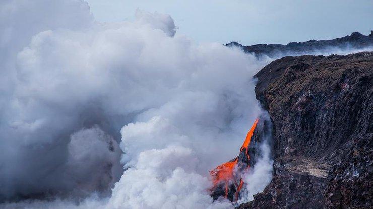 Размещено видео извержения вулкана наГавайях