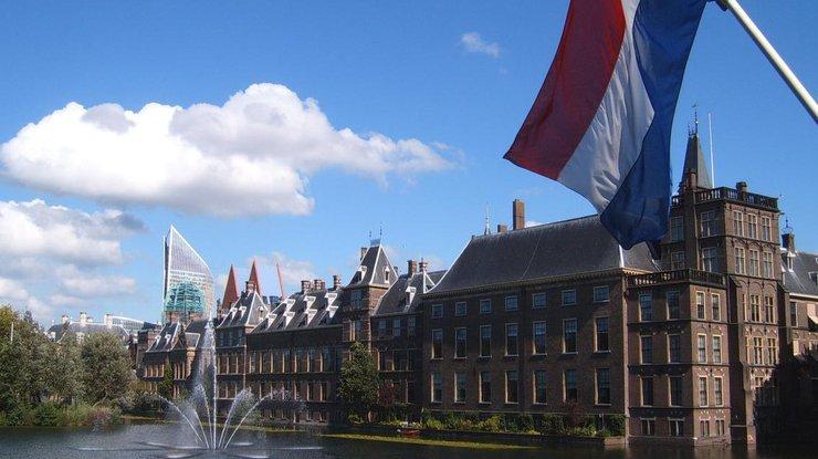 ВНидерландах приняли решение вручную считать голоса навыборах из-за угрозы кибератак