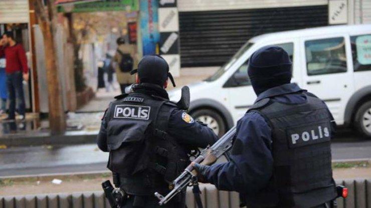 Служащих психбольницы Стамбула взял взаложники вооруженный больной