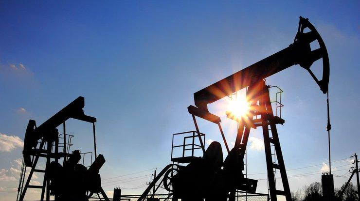 Цены нанефть стабилизировались вконце рабочей недели после роста накануне