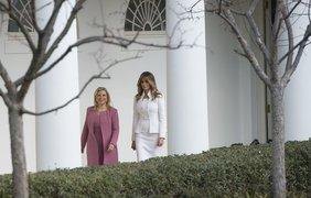 Мелания Трамп впервые появилась в Белом доме