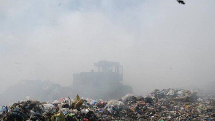 ВЗапорожской области выгрузили неменее 100 тонн львовского мусора