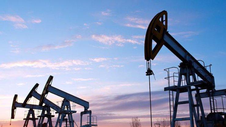 Нефть дорожает после расширения санкций США против Ирана