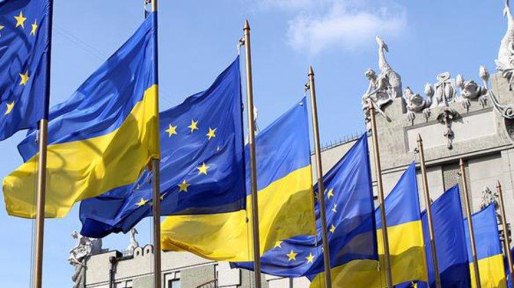 Гройсман поведал, когда Украина получит безвизовый режим сЕС