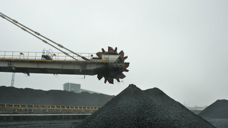 Практически  все шахты холдинга Ахметова натерритории ОРДЛО остановились из-за блокады