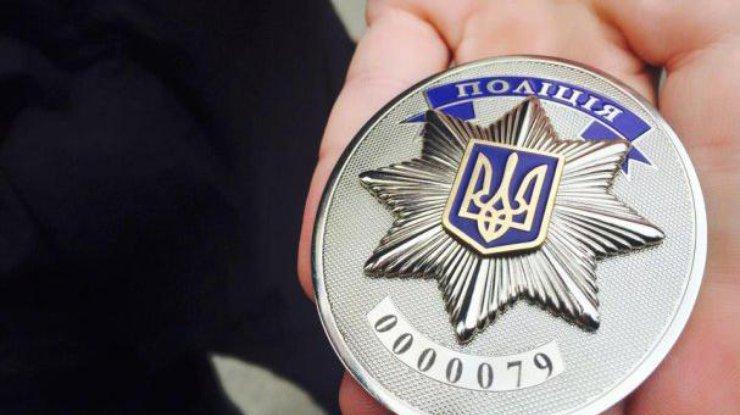 ВУкраинском государстве неизвестные бросили бомбу водвор дома судьи