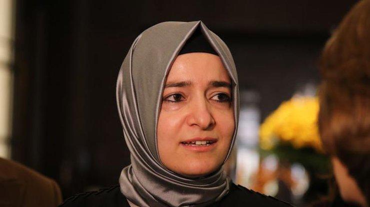 Турецкий министр поедет вРоттердам наземным транспортом