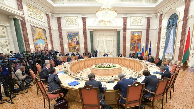 Украина потребовала отменить признание «паспортов» ОРДЛО в Российской Федерации - секретарь Кучмы