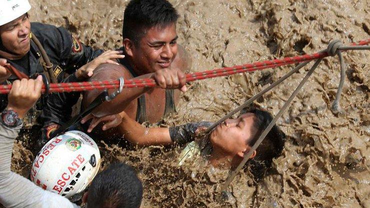 Жертвами наводнений иоползней стали 67 граждан  Перу