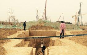 Общая длина гробницы более 30 метров, а ширина около 8 метров