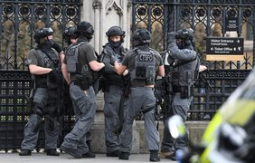 В результате теракта погибли не менее пяти человек.